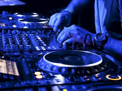 How-to-secure-DJ-gig