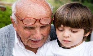 Semejanzas-entre-ancianos-y-niños