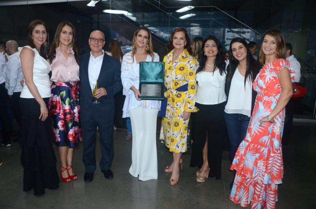 En el acto realizado en el Museo de Arte Moderno de Medellín, Eficacia recibió un reconocimiento de Nutresa.