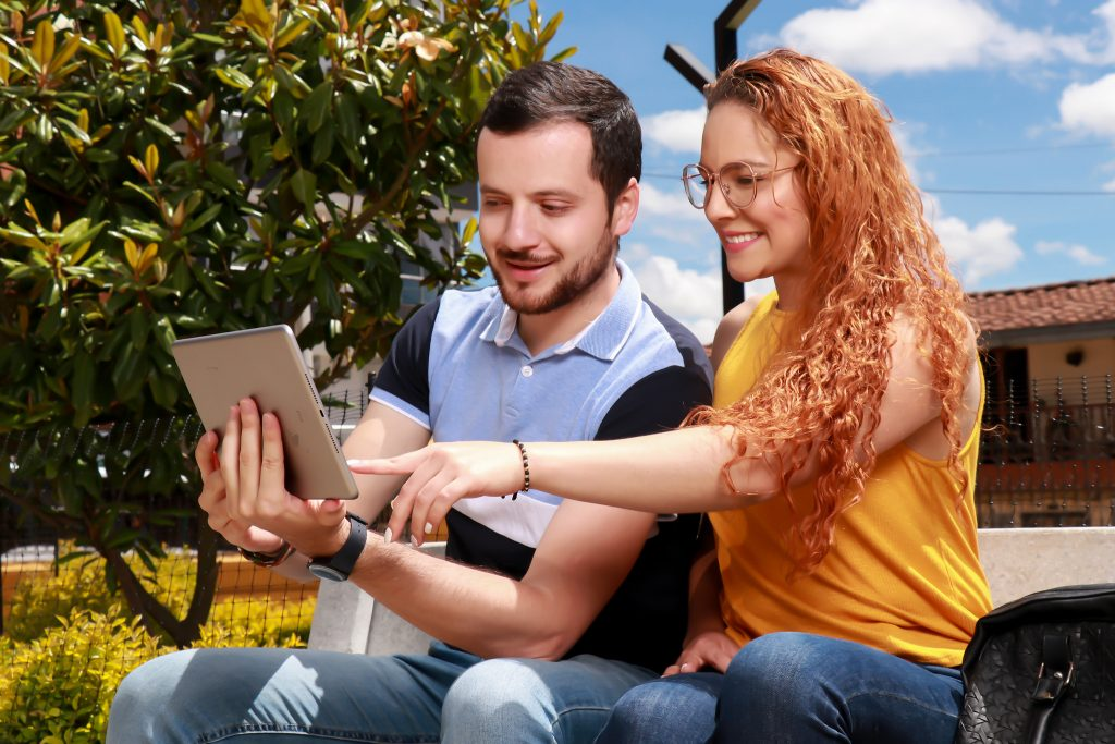 La Fundación Universitaria Católica del Norte es pionera en virtualidad educativa en Colombia