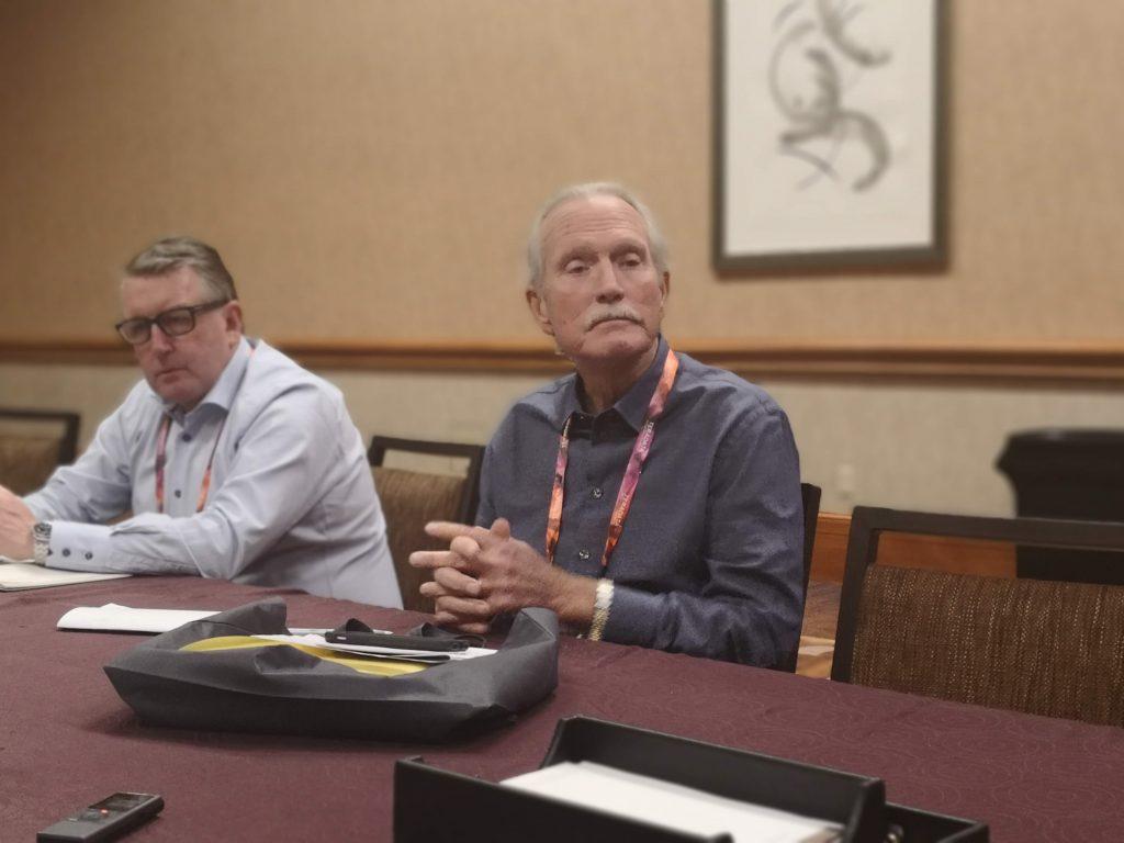 Martyn Etherington, Chief Marketing Officer y Victor Lund, Presidente y CEO de Teradata.