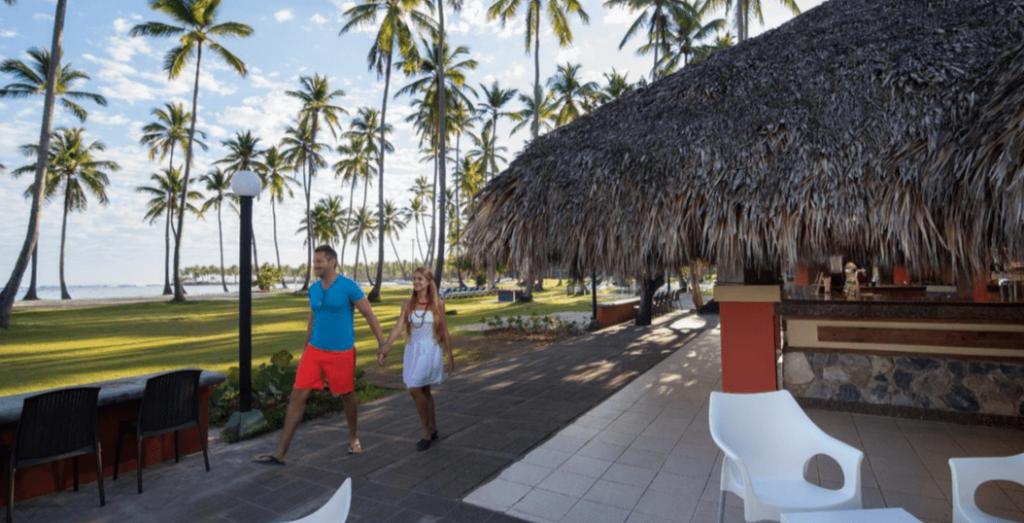 Vista a la playa desde el Amhsa Marina Grand Paradise Hotel.