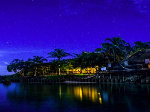 Punta Faro nocturno