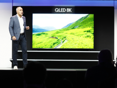 Este es el Samsung 8K QLED TV, presentado en la feria.