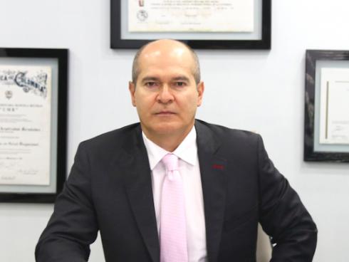 William Aristizábal, Gerente General de la Clínica Medical