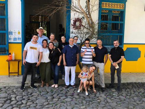 Reunión de creación de Hoteles de Provincia, en Cauca Viejo.